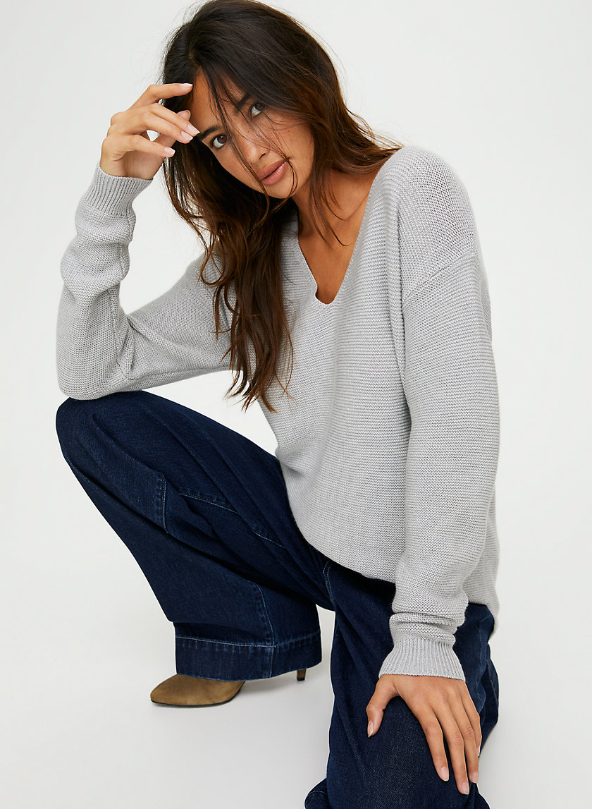 WOLTER SWEATER - V-neck wool sweater