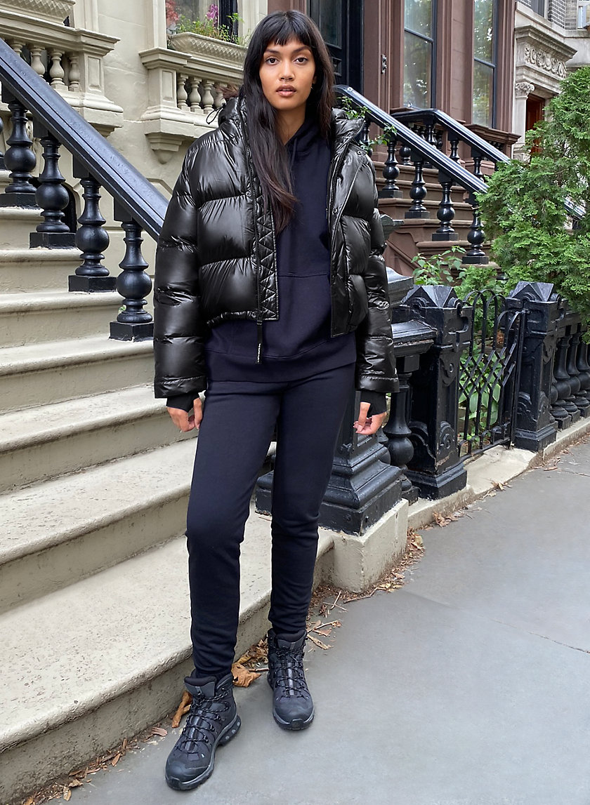 THE SUPER PUFF™ SHORTY - Cropped goose-down puffer jacket