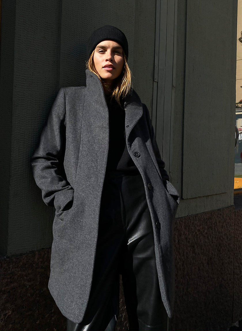 THE COCOON COAT - Mid-length, wool-cashmere coat