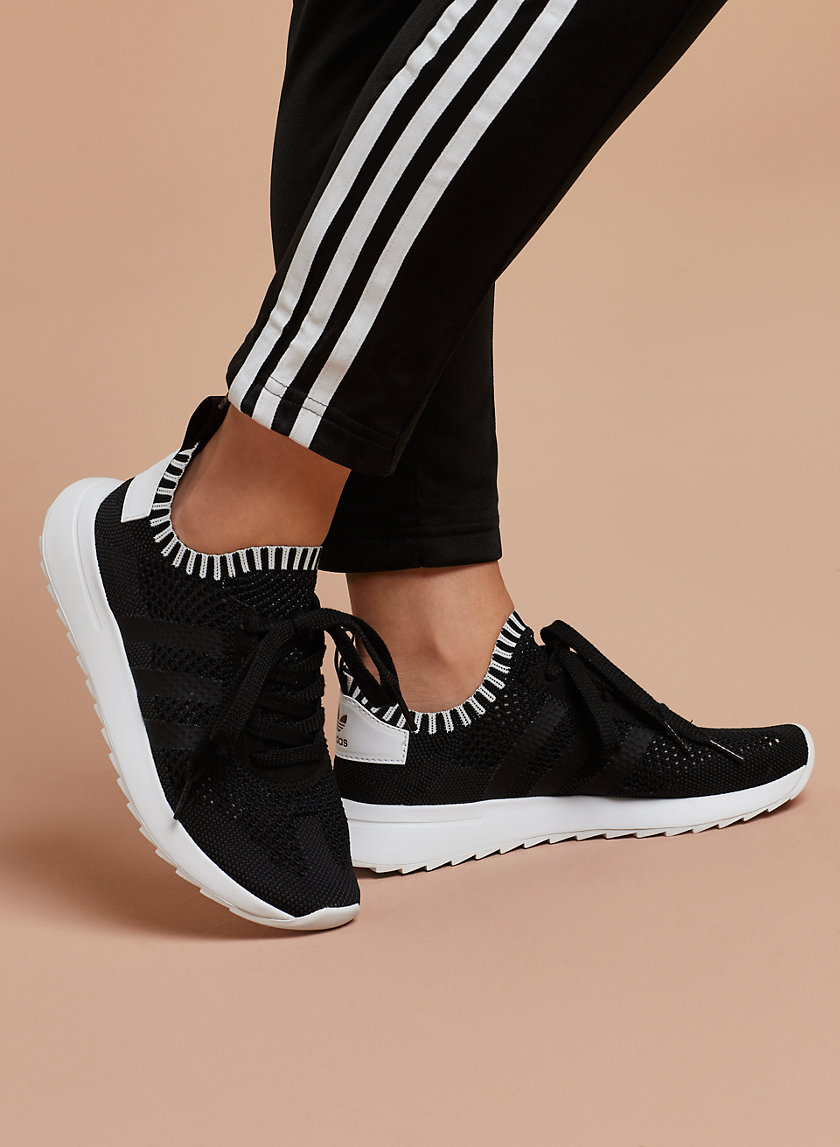 adidas CHAUSSURES FLASHBACK | Aritzia