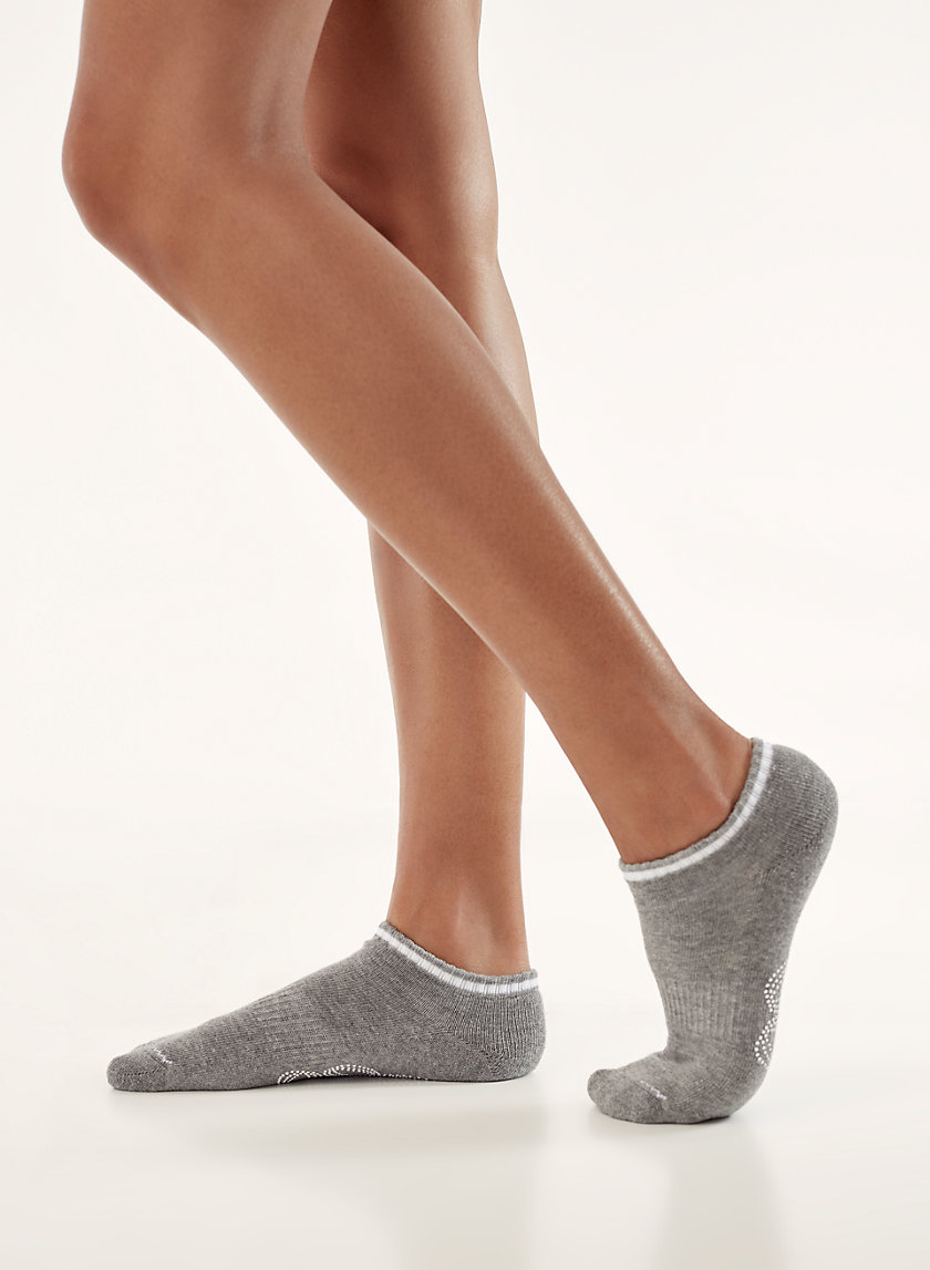 Tna FAIRVIEW ANKLE SOCKS | Aritzia