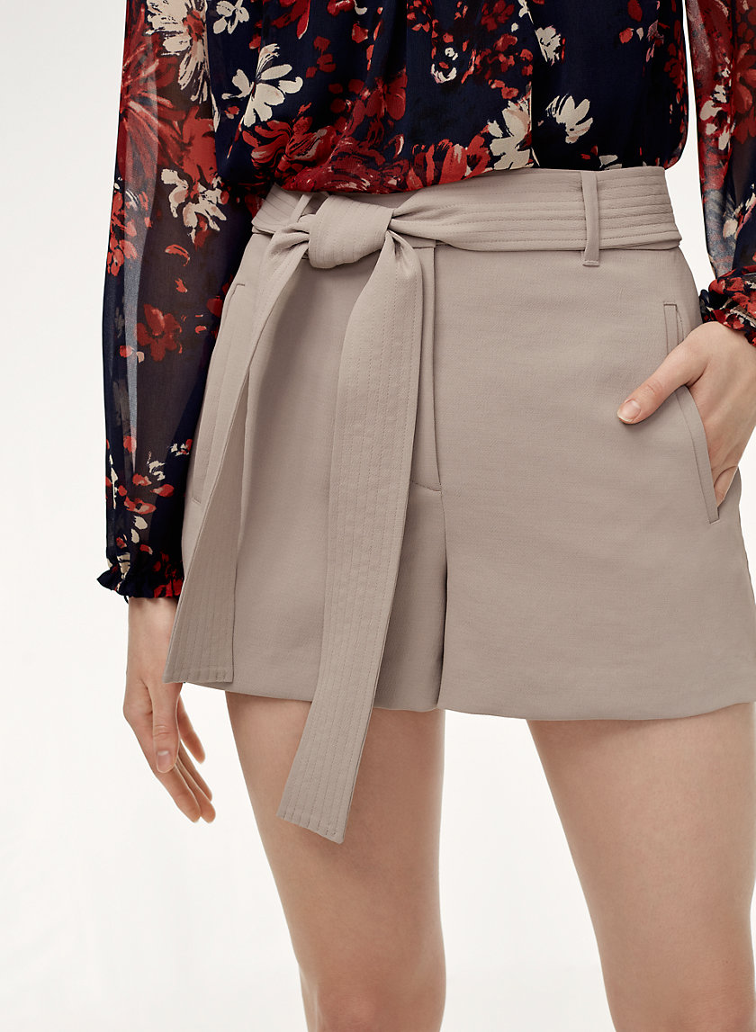 TIE-FRONT SHORT - High-waisted trouser shorts