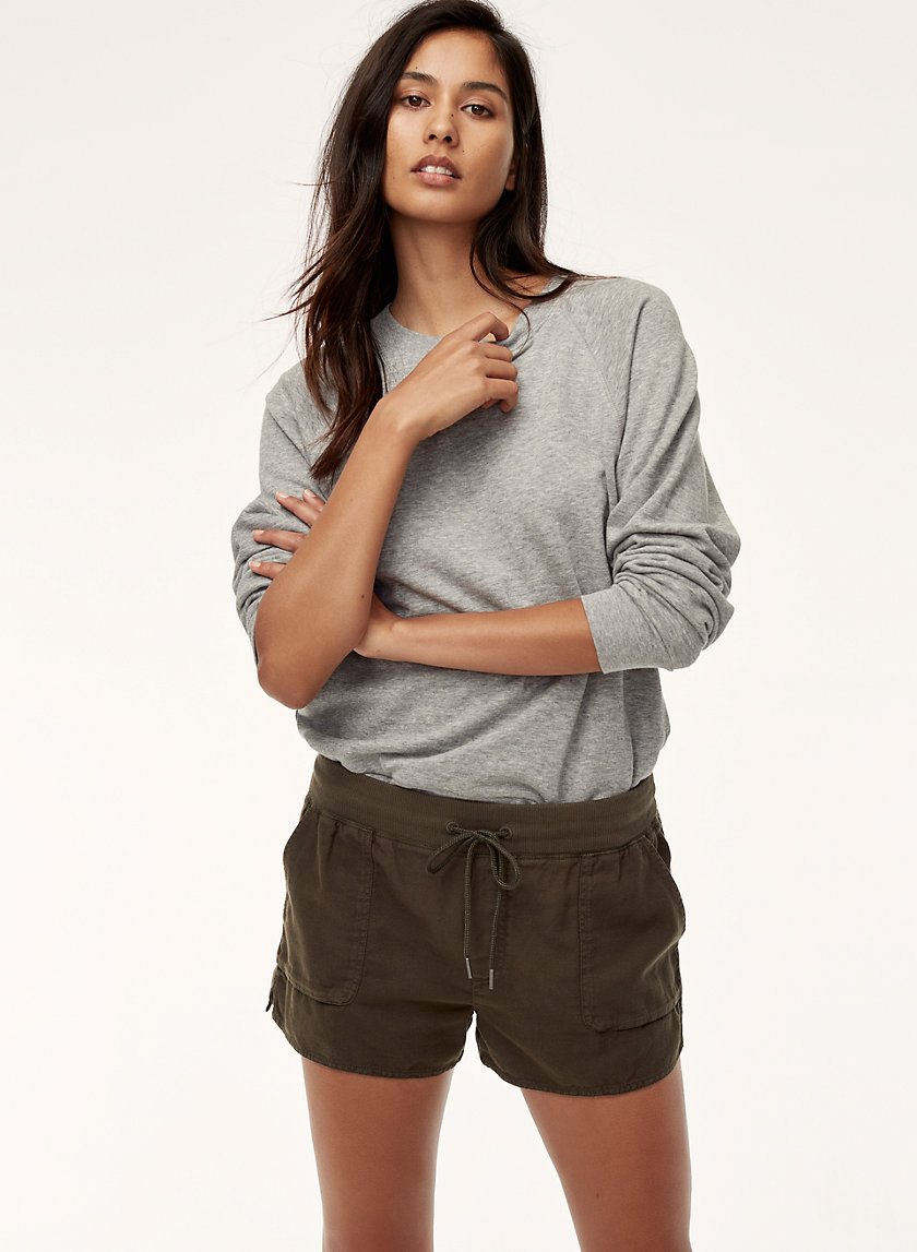Community AXIOM SHORT | Aritzia