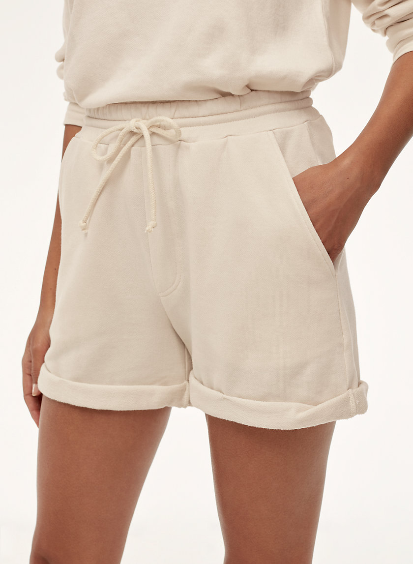 Community PACQUET SHORT | Aritzia