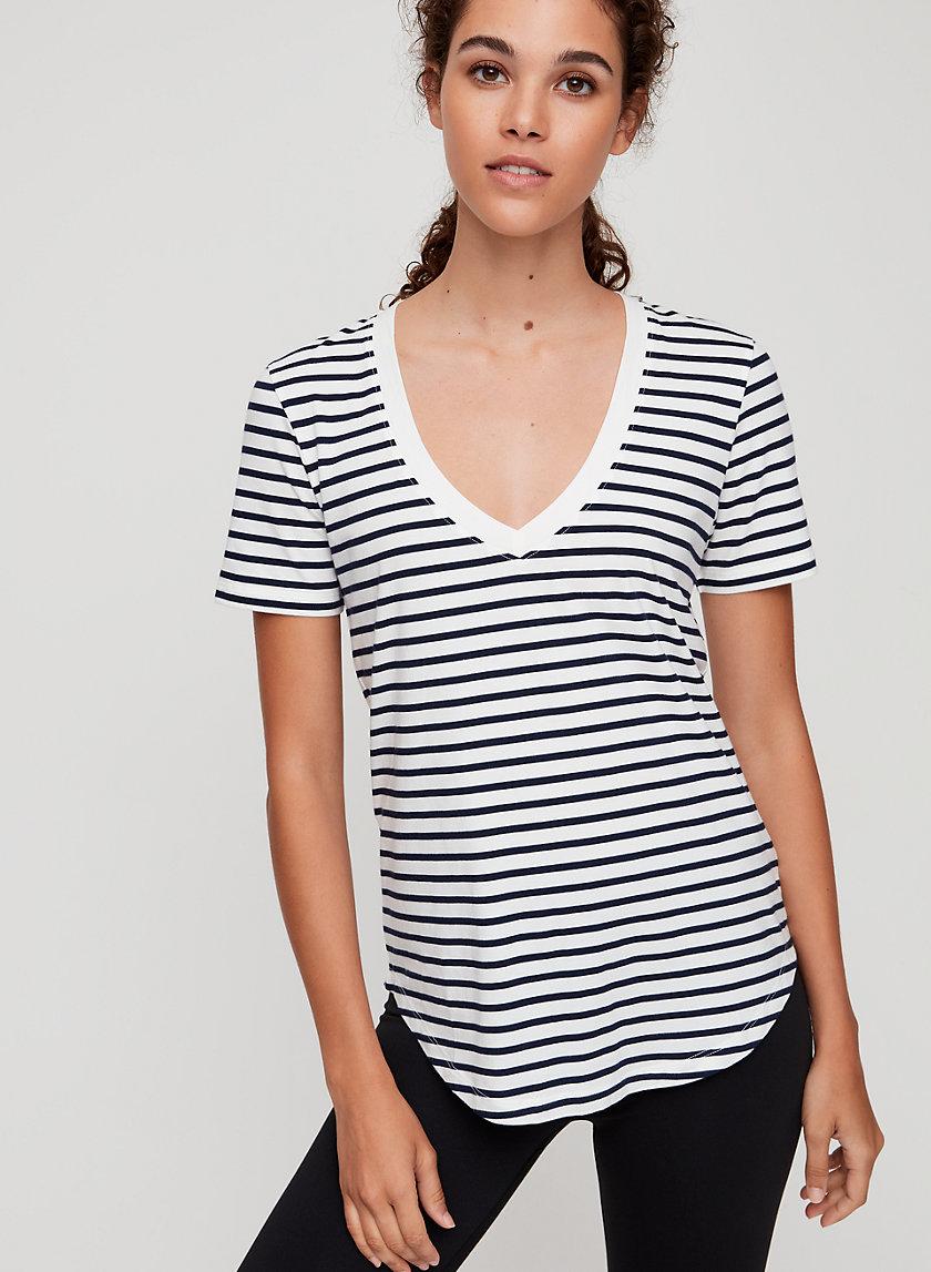 FOUNDATION V-NECK - Striped V-neck t-shirt