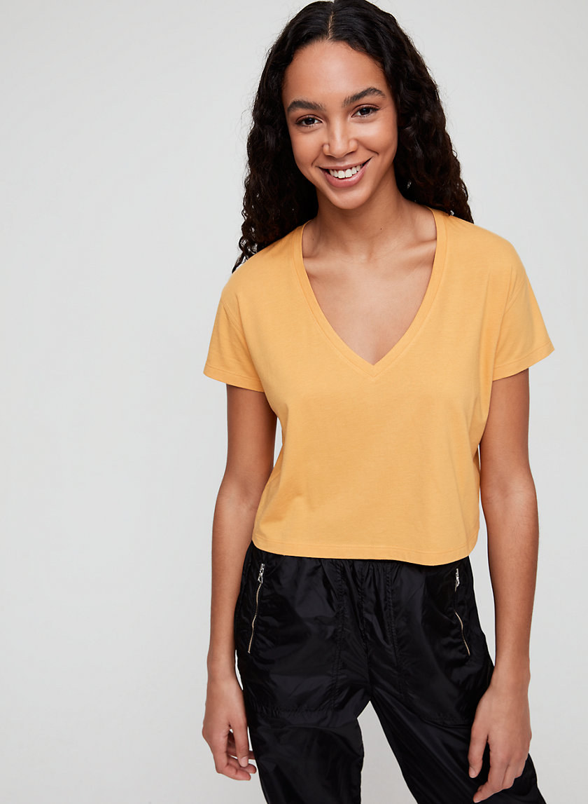 NESS V-NECK - Cropped, pima cotton t-shirt