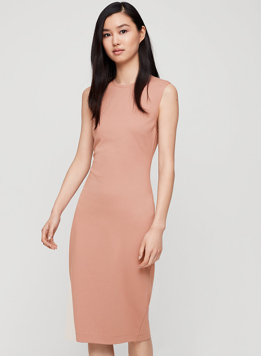 SLEEK DRESS - Bodycon shift dress