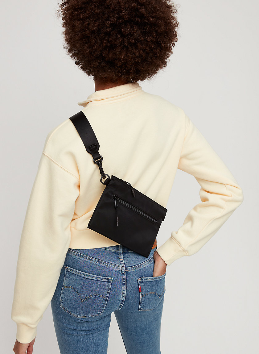 AMY FLAT CROSSBODY - Nylon, crossbody bag