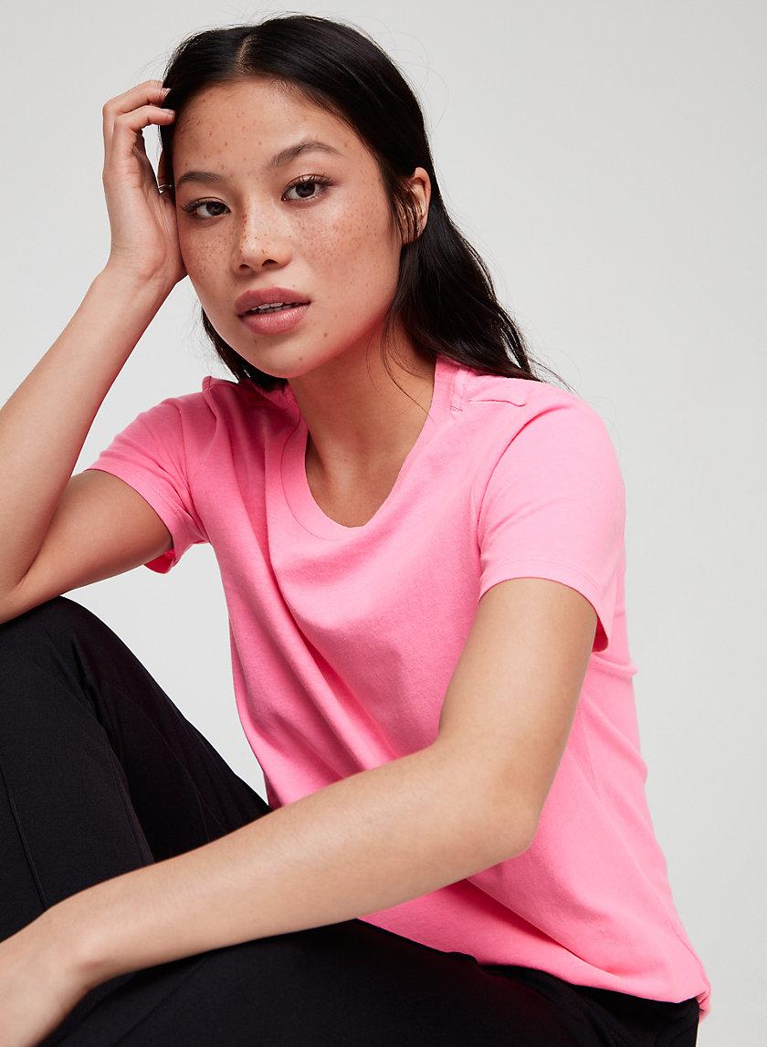 MAINLAND T-SHIRT - Classic, crewneck t-shirt