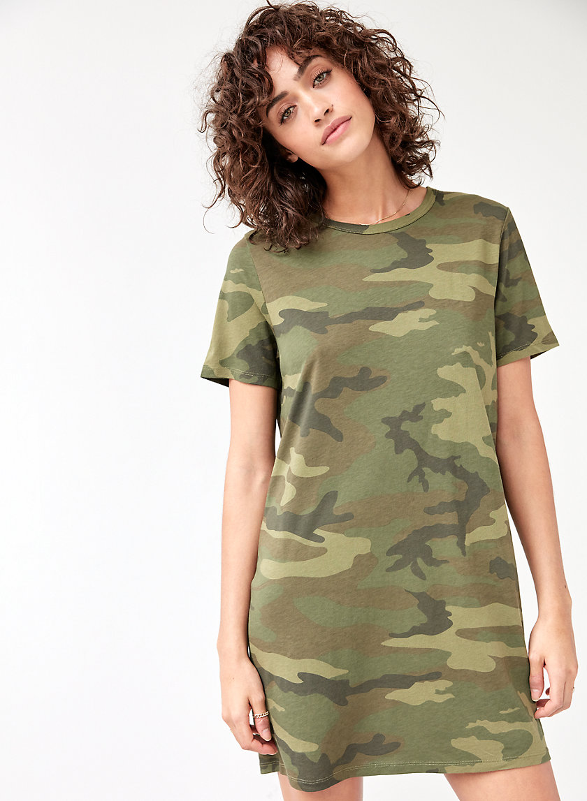 TERCET DRESS - Camo T-shirt dress