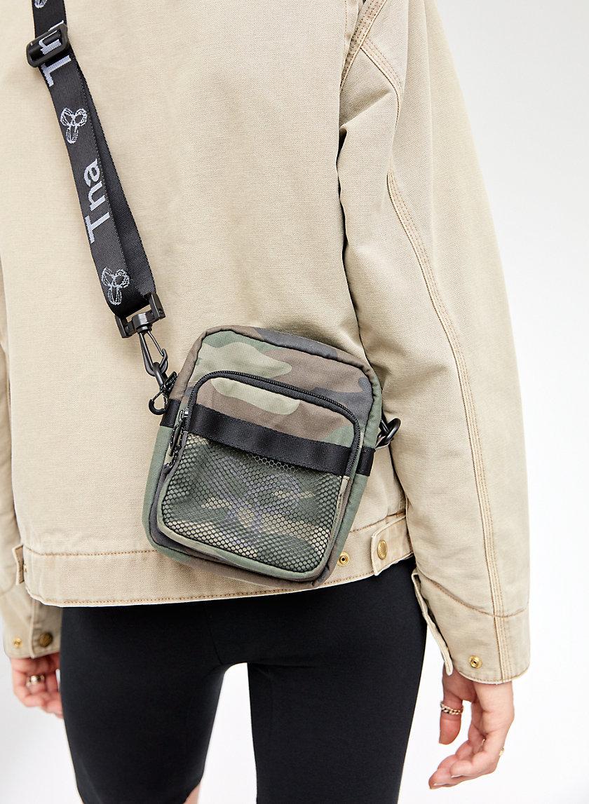 ZOET CAMERA BAG - Camo crossbody bag