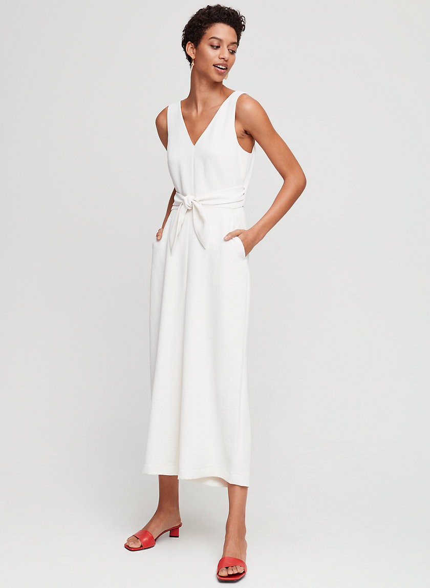 ÉCOULEMENT V JUMPSUIT - Tie-waist V-neck jumpsuit