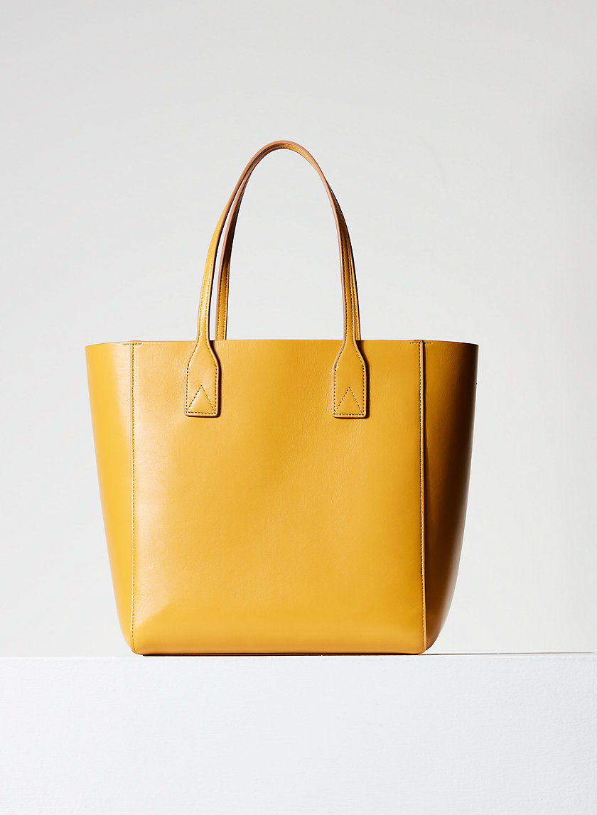 LEATHER CARRY-ALL TOTE - Leather tote bag