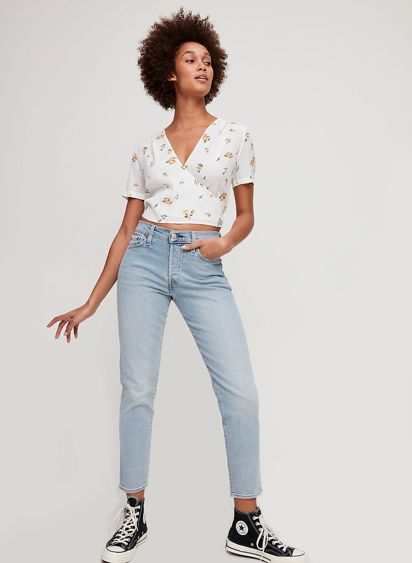 WEDGIE ICON - Cropped, high-waisted mom jean