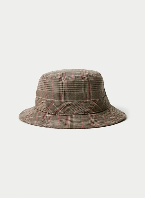 CHECK BUCKET HAT | Aritzia