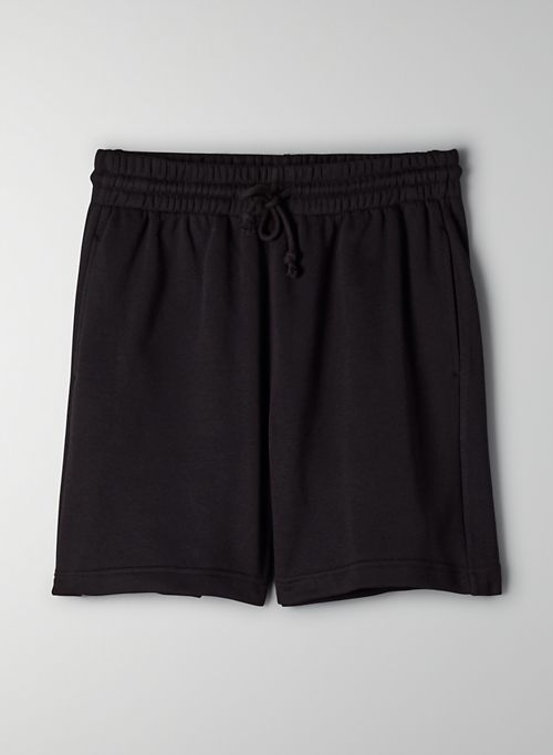 AIRY FLEECE BOYFRIEND SWEATSHORT - Boyfriend-fit basketball shorts