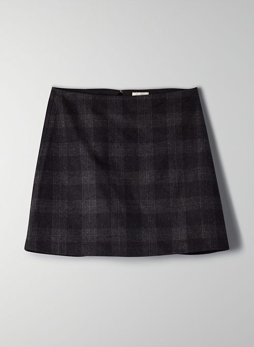 NEW CLASSIC MINI SKIRT | Aritzia