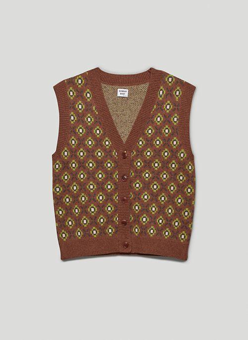 PRESTON VEST - V-neck, button-up sweater vest