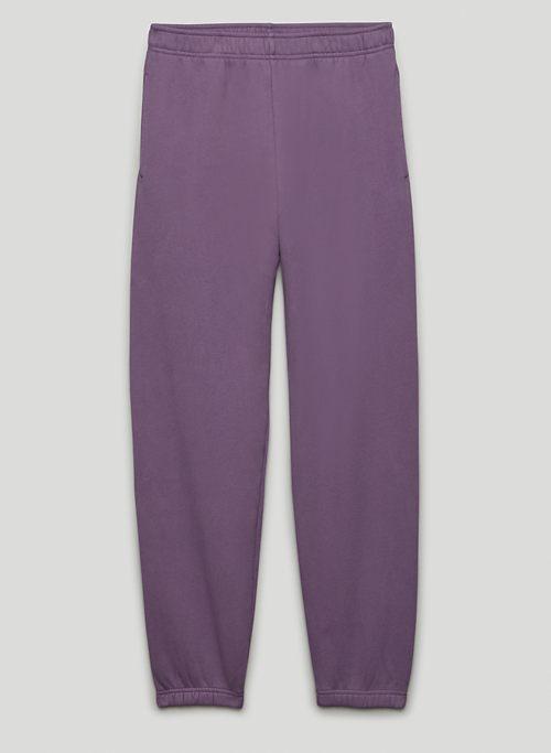 COZY FLEECE BOYFRIEND BASIC SWEATPANT - Mid-rise, slim sweatpants