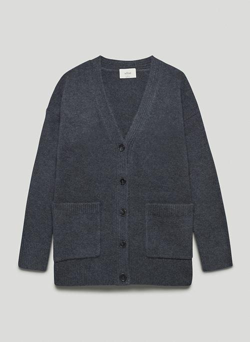 PISA CARDIGAN - Relaxed, V-neck wool cardigan