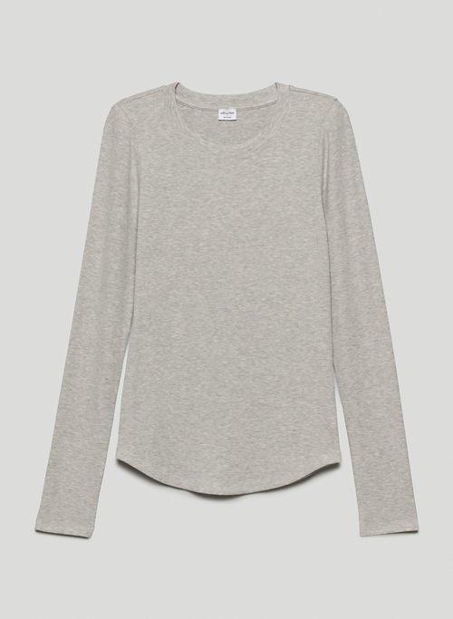 GO-TO LONGSLEEVE - Long-sleeve, crew-neck shirt