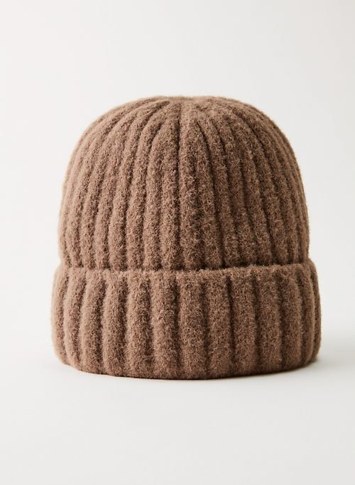 SNOWED IN HAT - Rib-knit chenille beanie
