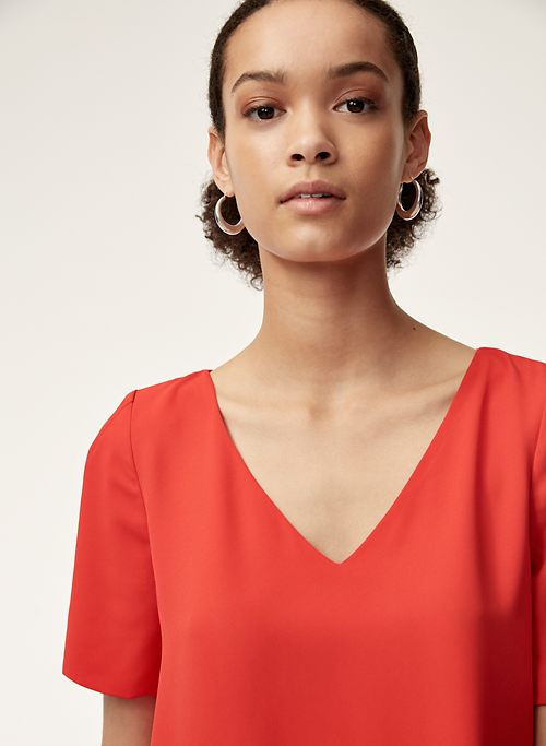 Women S Blouses Shirts On Sale Aritzia Us