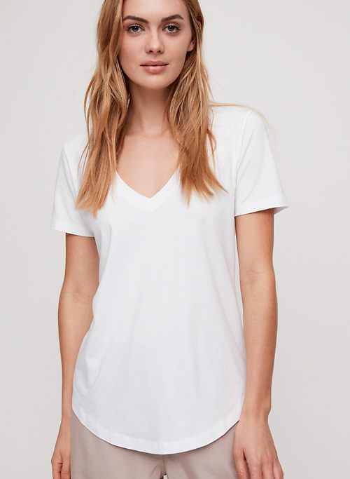 63b19ea1 T-Shirts for Women | Long Sleeve & Short Sleeve | Aritzia CA