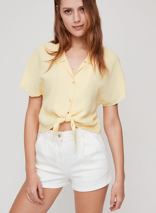 93fbedf86 THE TIE-FRONT BLOUSE - Cropped, short-sleeve blouse