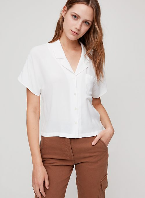 621d307a SHAWNA BLOUSE - Cropped, short-sleeve shirt