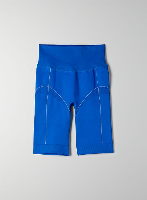 BACK BAY SEAMLESS SHORT | Aritzia