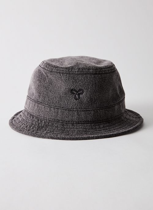 BUCKET HAT | Aritzia