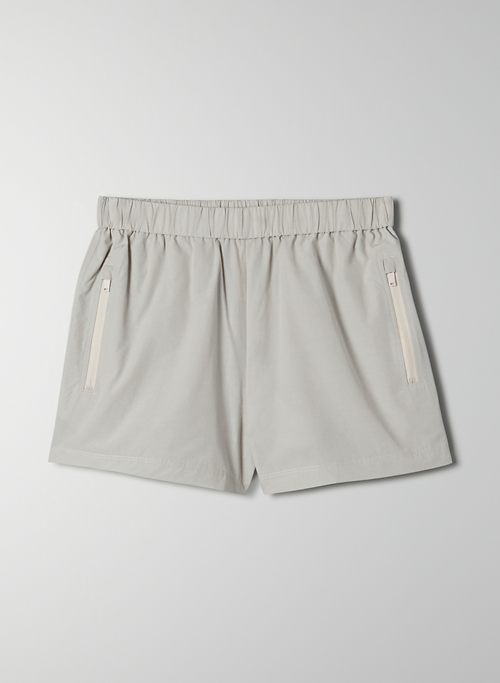 ARROW SHORT - High-waisted, zip-pocket shorts