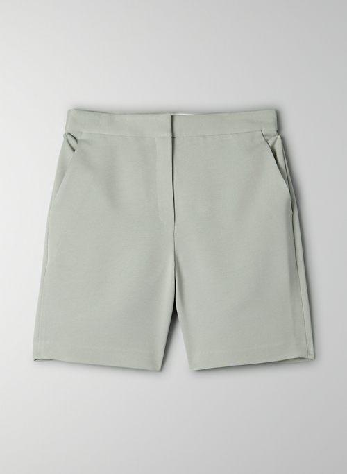 BORNA SHORT - Long tailored short