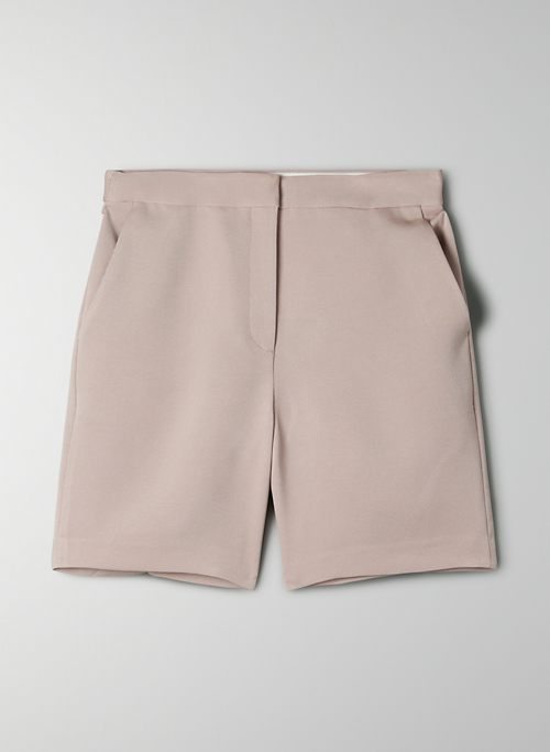 BORNA SHORT - Long tailored short