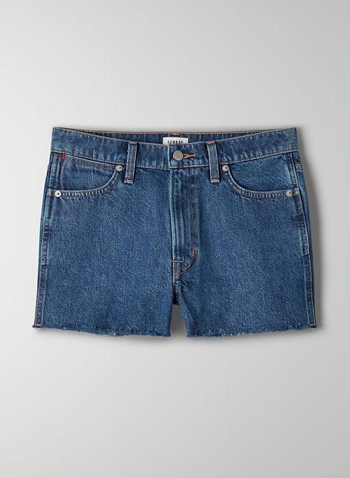 MAX MID RISE SHORT - Mid rise cut off shorts