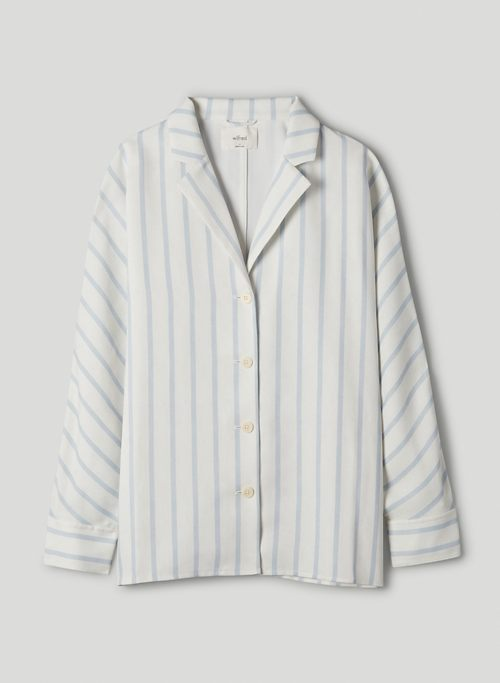 NEW FLOWY BUTTON-UP