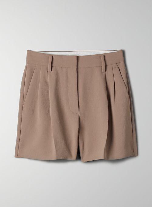 """EFFORTLESS SHORT 3"""" - High-waisted, pleated shorts"""