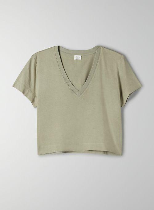 WEEKEND V-NECK T-SHIRT - Boxy-fit, V-neck t-shirt