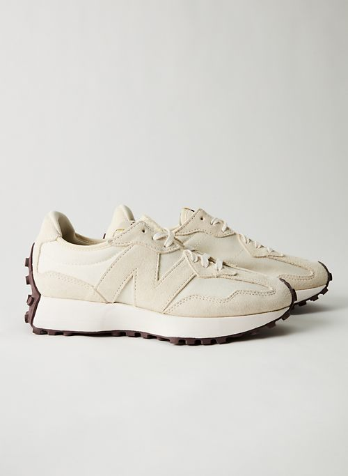 327 - New Balance sneakers