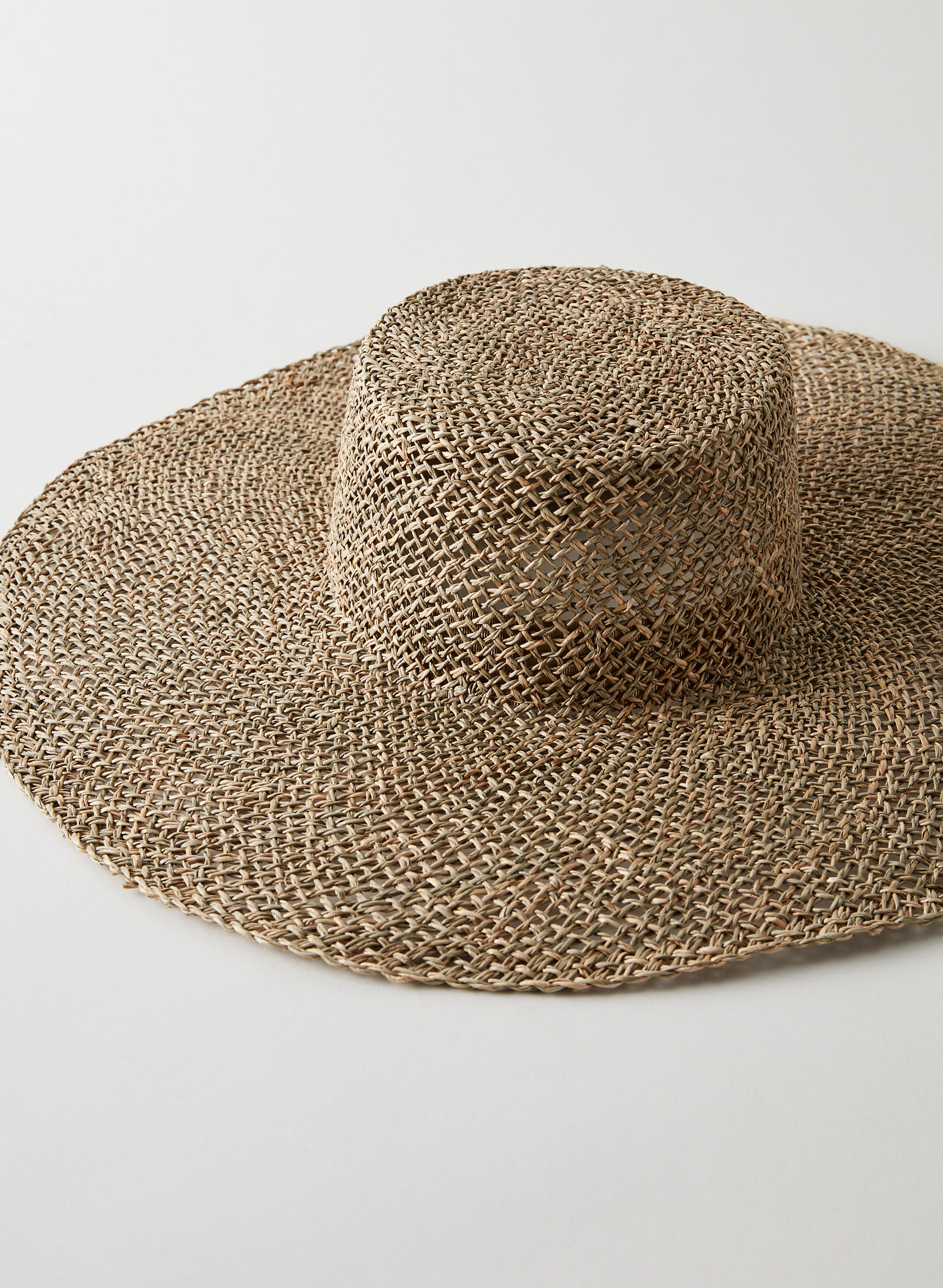 product photo of SEAGRASS BOLERO HAT - straw hat from aritzia